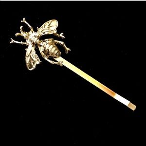 Accessories - Gold Bee hair Pin